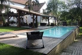 chambre d hote lorraine maison d hôtes insolite avec piscine en pleine nature à