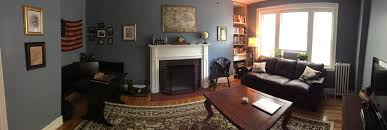 Colonial Boston style living room malelivingspace