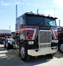 100 Brown Line Trucking Freightliner Cabover Photo Collection That Will Knock Your Socks Off