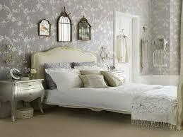 Vintage Bedroom Decor Ideas With Nice Theme