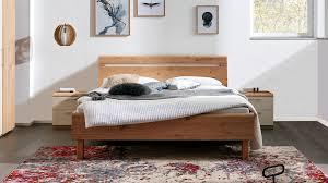 interliving schlafzimmer serie 1013 doppelbettgestell mit nachtkonsolen balkeneiche sand liegefläche ca 180 x 200 c