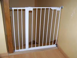 barriere escalier leroy merlin barrière de sécurité pour escalier bébés de l ée forum