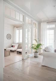 die rolle der raumtrenner im offenen wohnraum offene