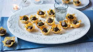 berry canapes mini beef wellington tartlets recipe food