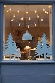Christmas Classroom Door Decorations On Pinterest by Best 10 Christmas Window Decorations Ideas On Pinterest Window