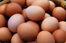 Bad Eggs Do They Float Or Sink by How To Tell If Eggs Have Gone Bad With Fresh Egg Tests Metro News