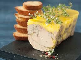 comment cuisiner le foie gras cru terrine de foie gras recettes femme actuelle