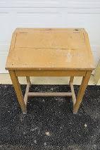 bureau d 馗olier ancien en bois 1 place bureau d ecolier ancien bois ecolier bois d occasion