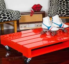 Red Gloss Painted Pallet Table Plans Skates Chairs
