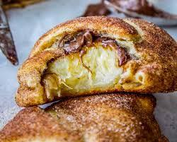 croissants à la banane et au nutella la recette gourmande