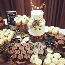 With That In Mind Weve Found 25 Rustic Cake Stands Thatll Make Your Dessert Table Epic If Youre Feeling Crafty Featured A Couple You Can