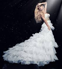 3 Things to Consider for Design Your Own Wedding Dress UpAndNet