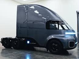 100 Aerodynamic Semi Truck A California EV Startup Unveiled A Fully Electric Semitruck