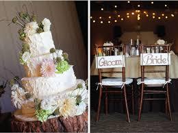 Great Wedding Cake Burlap Linens