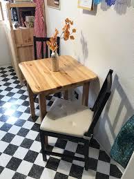 tisch mit stühlen zu verkaufen