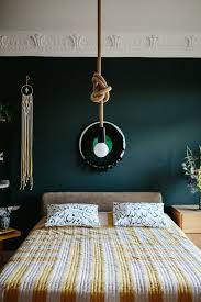 repeindre chambre quelle couleur choisir pour repeindre une chambre loisirs