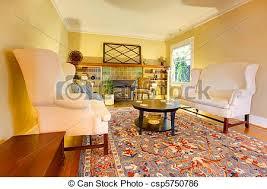 luxus gold wohnzimmer mit zwei weißen sofas canstock