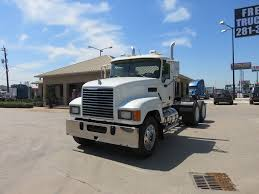 Used Day Cab Trucks For Sale | Freeway Truck Sales