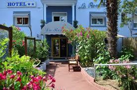 chambres d hotes fouras hotel la roseraie fouras trouvez et réservez votre hôtel