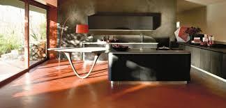 cuisine sur pied nouveau look pour sa cuisine galerie photos de dossier 126 145