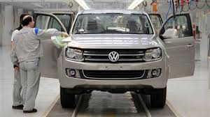 Volkswagen Truck Won't Make It To The U.S. Despite Killer Design ... Volkswagen Amarok Disponibile Ora Con Un Ponte Motore A 6 2017 Is Midsize Lux Truck We Cant Have Vw Plans For Electric Trucks And Buses Starting Production Next Year Tristar Tdi Concept Pickup Food T2 Club Download Wallpaper Pinterest 1960 Custom Dwarf 1 Photographed Flickr Pickup Review Carbuyer Reopens Internal Discussion Of Usmarket Car 2019 Atlas Review Top Speed Filevw Cstellation Brajpg Wikimedia Commons