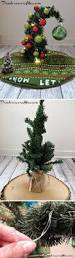 Diy Nightmare Before Christmas Tree Topper by Best 25 Grinch Christmas Tree Ideas On Pinterest Large Outdoor