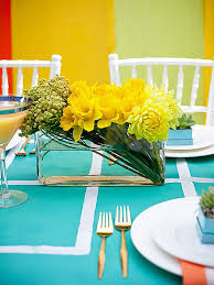 Simple Centerpieces For Dining Room Tables by 25 Dining Table Centerpiece Ideas