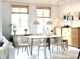table ronde bureau chaises pour table ronde en bois chaise bureau socialfuzz me