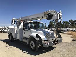 2011 International 4300 Single Axle Digger Derrick Truck, Automatic ...