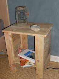 simple bedside table with pallet 5 steps