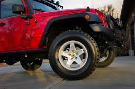 100 33 Inch Truck Tires Jeep Wrangler Rubicon TwoDoor 25 Lift With