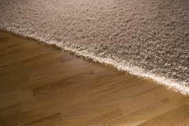 teppich laminat co der richtige bodenbelag für