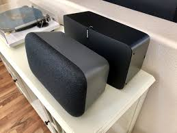 Google Home Max vs Sonos Play 5