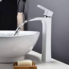 heißes und kaltes wasser dunkles badezimmer ey p0024 360