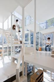 100 Glass Walled Houses Urban House With Platform Living Spaces