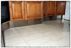 plinthes cuisine ikea plinthe cuisine ikea structures pieds et plinthes syst me meuble