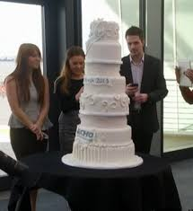 Most Expensive Wedding Cake Valued At $52 Million Is Covered In 4 000 Diamonds PHOTO