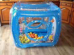 piscine a balle gonflable découvrez l aire de jeu ludi de la balle de la balle concours