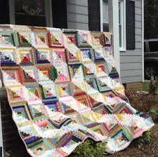 Make yourself at home 7 Cozy Log Cabin Quilt Patterns