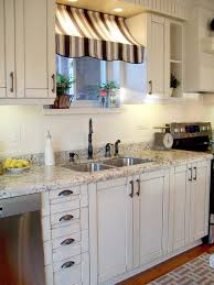Full Size Of Kitchen Rental Apartment Decorating Ideas Old Bulkhead