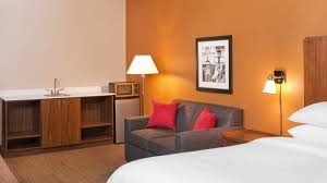 Bed Frame Types by Room Types Four Points By Sheraton Newark
