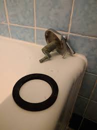 Bathtub Overflow Gasket Leak by Plumbing Sealing What Appears To Be A Non Standard Overflow