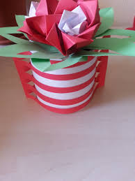 Easy Way To Make A Vase Out Of Paper For Home Decoration