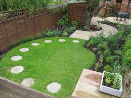 The 25 Best Garden Stepping Stones Ideas On Pinterest