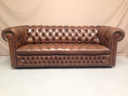 canap chesterfield but canapé chesterfield marron 3 places vintage sofas canapes