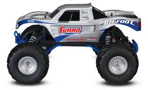 Amazon.com: Traxxas Bigfoot: 1/10 Scale Ready-to-Race Monster Truck ...