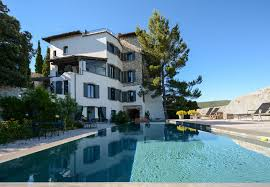 hotel avec dans la chambre vaucluse design bed and breakfast b in provence vaucluse luberon