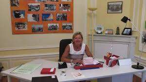 bureau de la directrice la directrice d école au triathlon de la baule