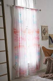 Pink Ruffled Window Curtains by 276 Best Window Dressing Images On Pinterest Dressing Curtains