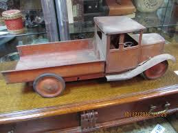 100 Antique Metal Toy Trucks RICS Probate Valuation Ruislip Middlesex HA4 Probate Valuers List